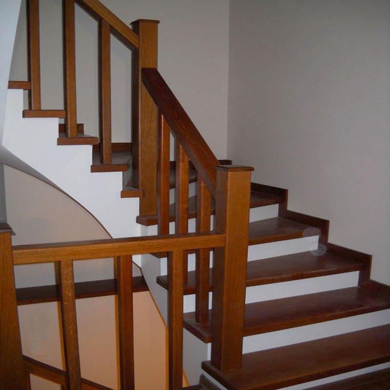 покраска лестницы